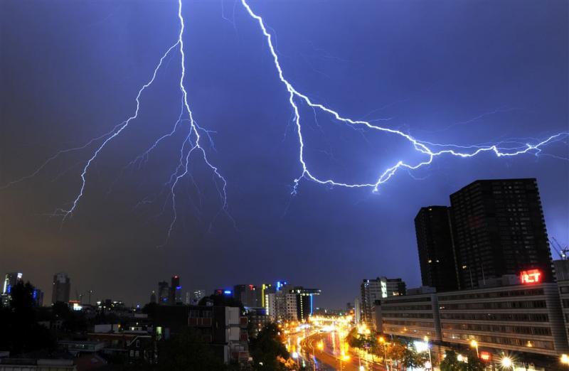 Opnieuw gevaarlijke onweersbuien verwacht