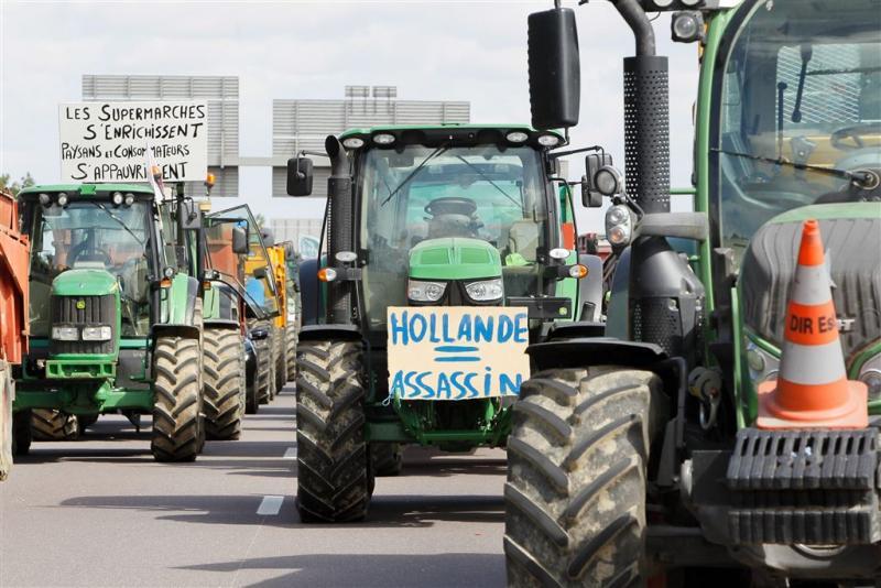 Franse boeren weer in actie op snelweg