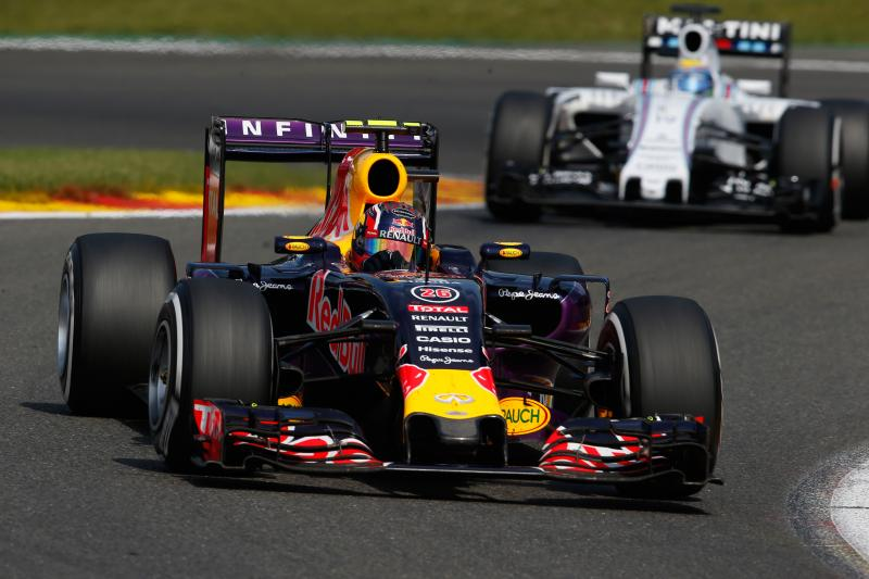 Red Bull behoudt rijders voor 2016 (Foto: Red Bull)