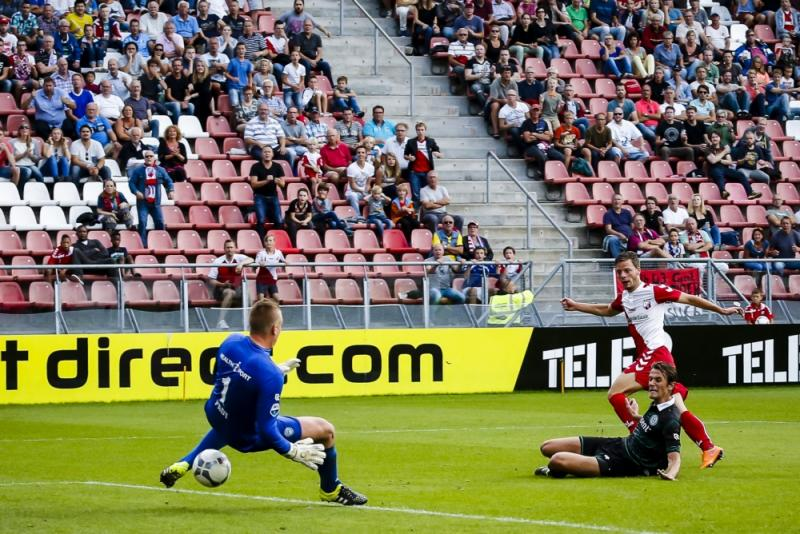 Bart Ramselaar opende de score in Utrecht (Pro Shots/Menno Ringnalda)