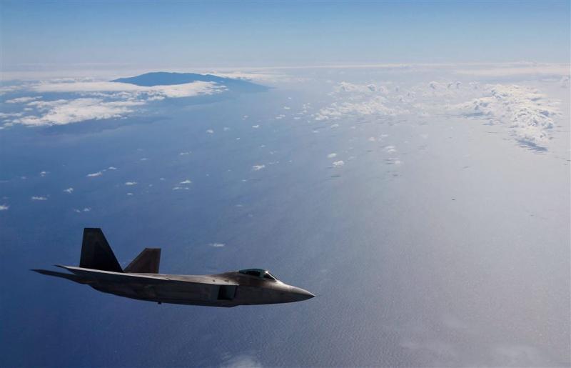 VS stationeren F-22's in Duitsland