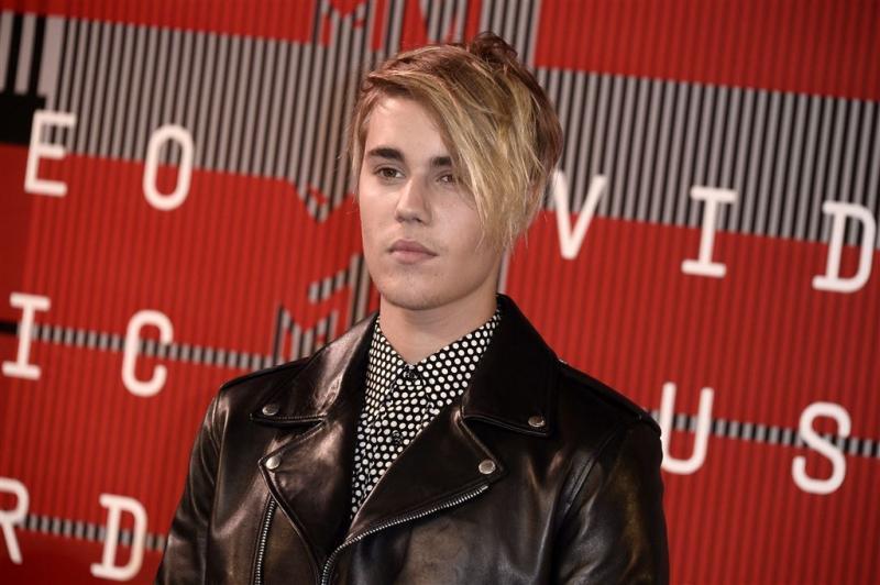 Justin Bieber huilt na optreden op VMA's