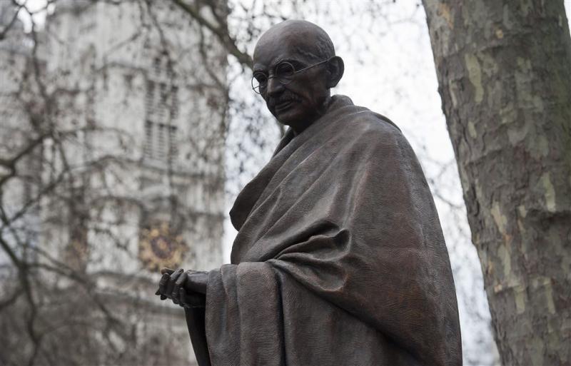 Zuid-Afrikanen morrelen aan reputatie Gandhi