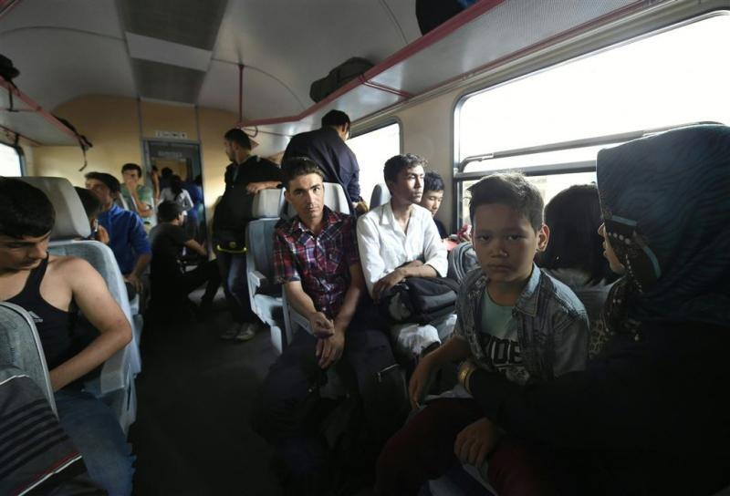 Vluchtelingen weigeren trein te verlaten