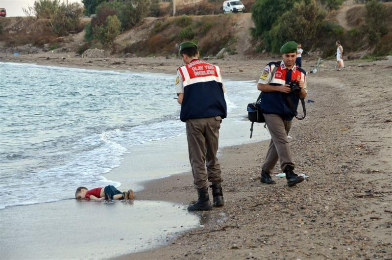 Lichaam verdronken kindje naar Kobani