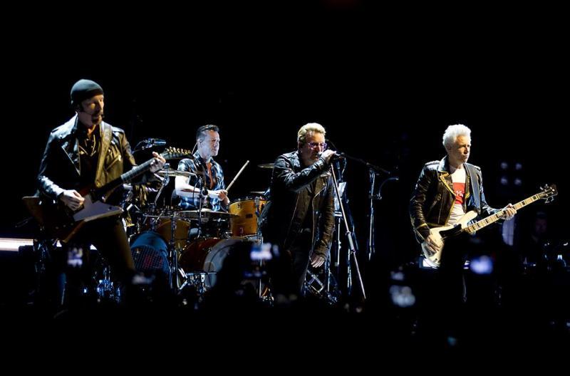 U2 speelt Ziggo Dome plat