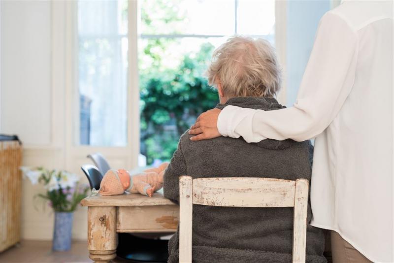 'Nederlanders bezorgd over ouderenopvang'
