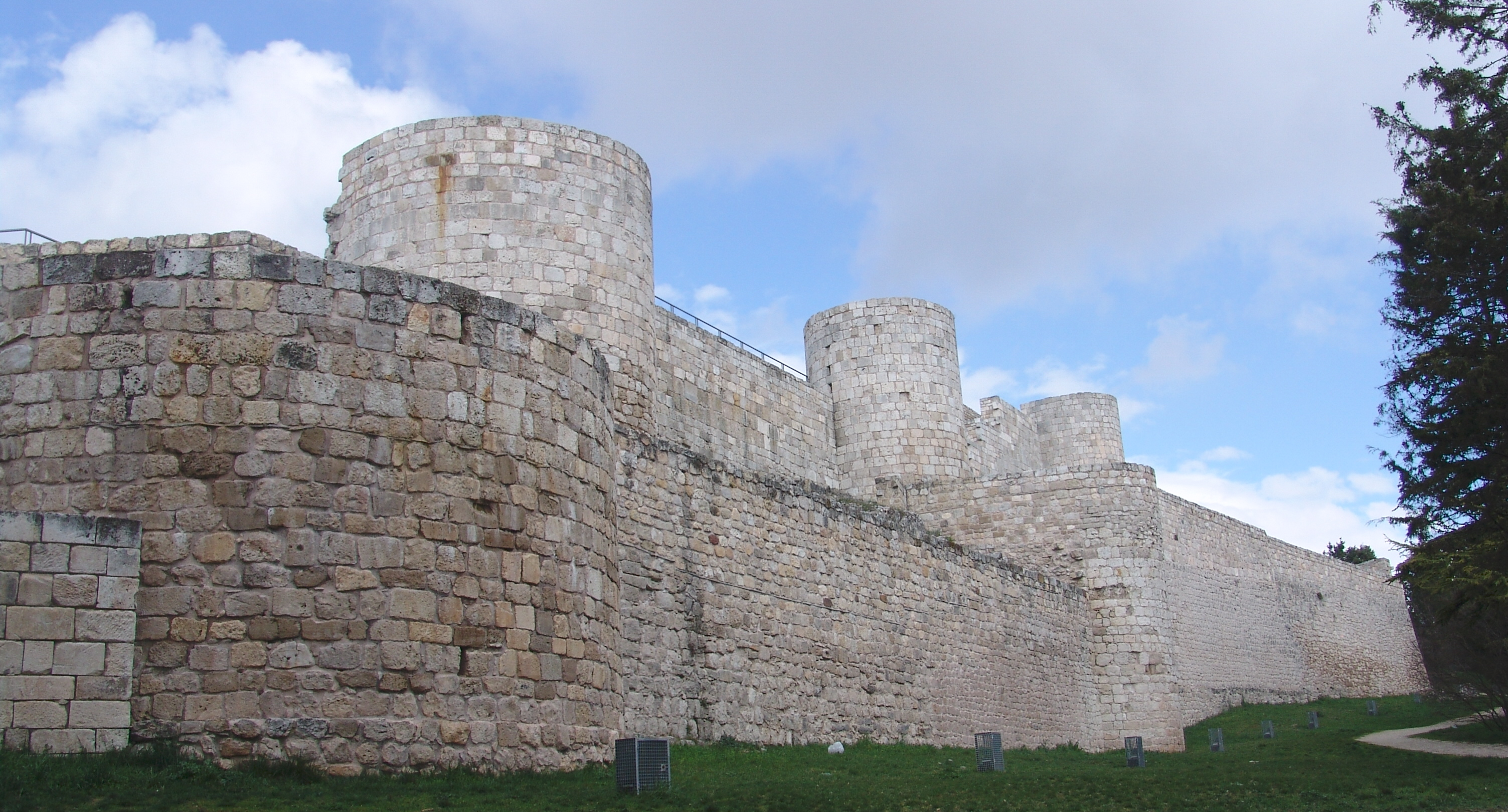 Het kasteel van Burgos (Foto: WikiCommons)