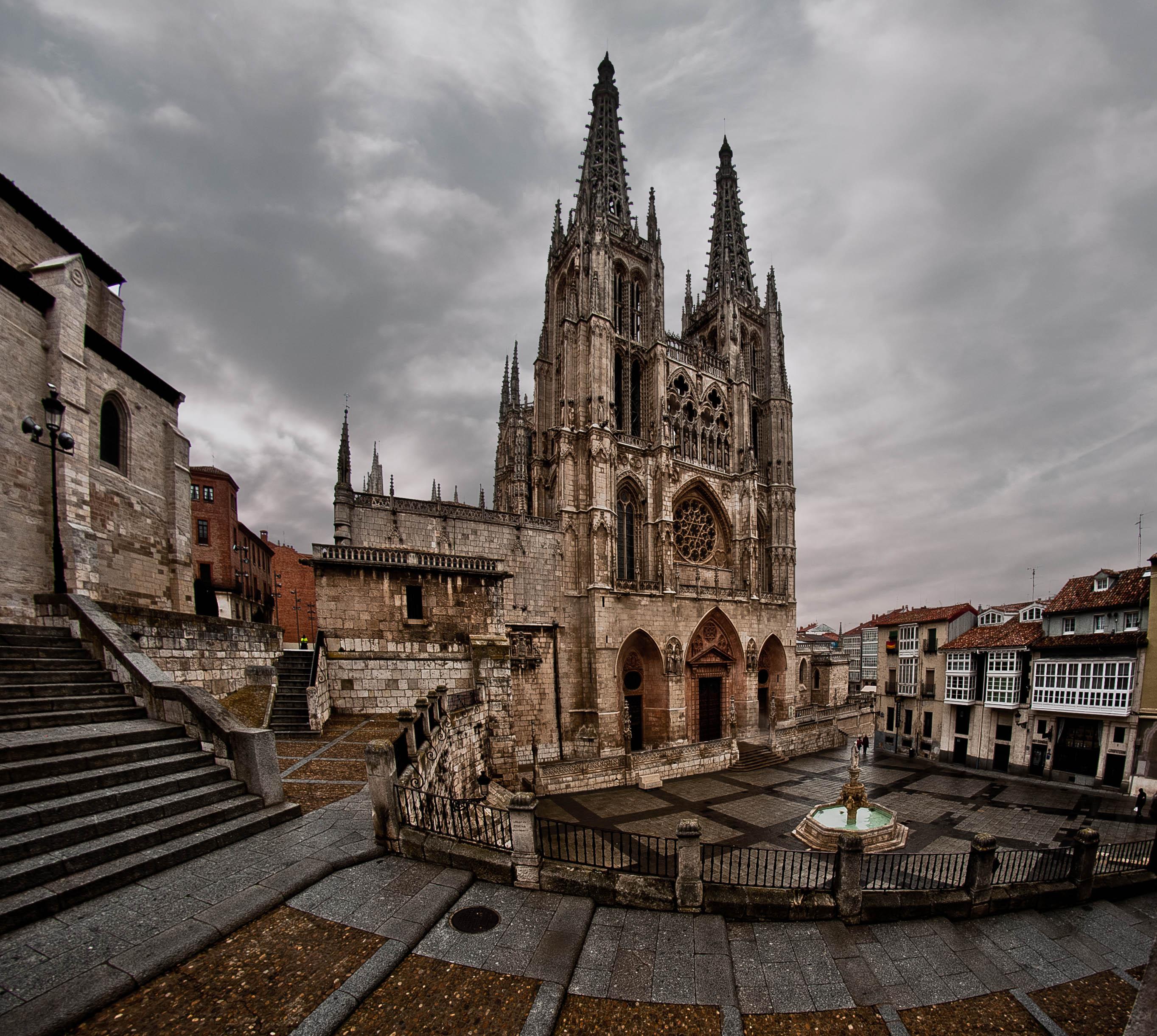 De kathedraal van Burgos, het eindpunt van de tijdrit (Foto: WikiCommons)