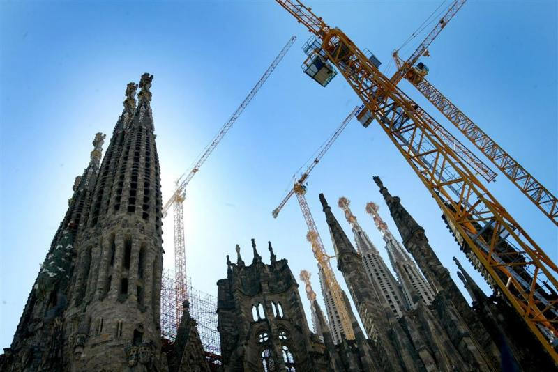 AkzoNobel geeft Sagrada Familia likje verf