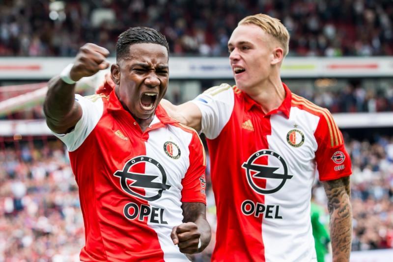 Elia en Karsdorp vieren de 1-0 (PRO SHOTS/Kay Int Veen)
