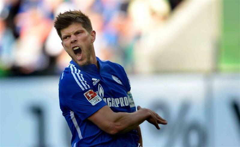 Huntelaar huilt en lacht bij Schalke 04