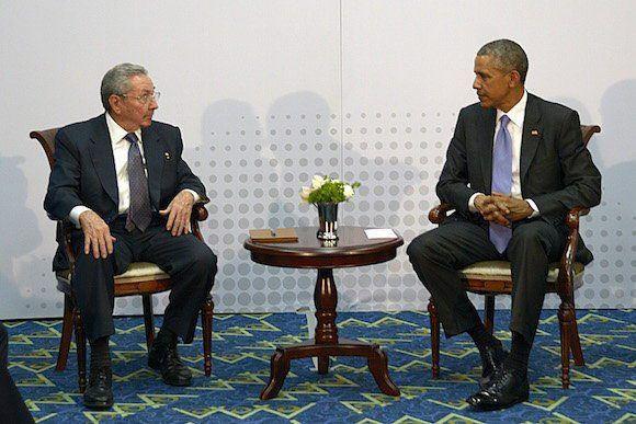 Castro spreekt Obama aan vooravond pausbezoek