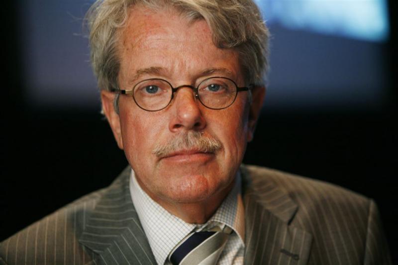 Mr. Frank Visser gaat op SBS 'uitspraak doen'