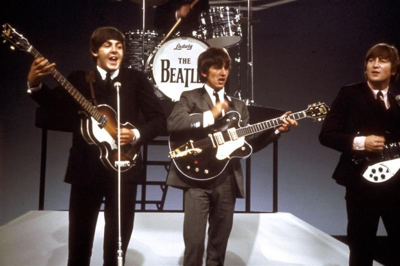 Eerste platencontract Beatles geveild