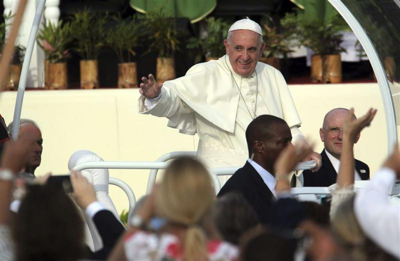 Paus roept op tot vrede FARC en Colombia