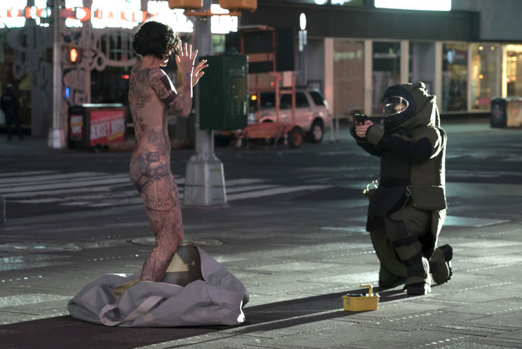 Blindspot: Jaimie Alexander op Times Square