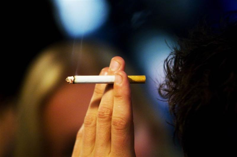 'Laagopgeleide zwangere vrouw blijft roken'