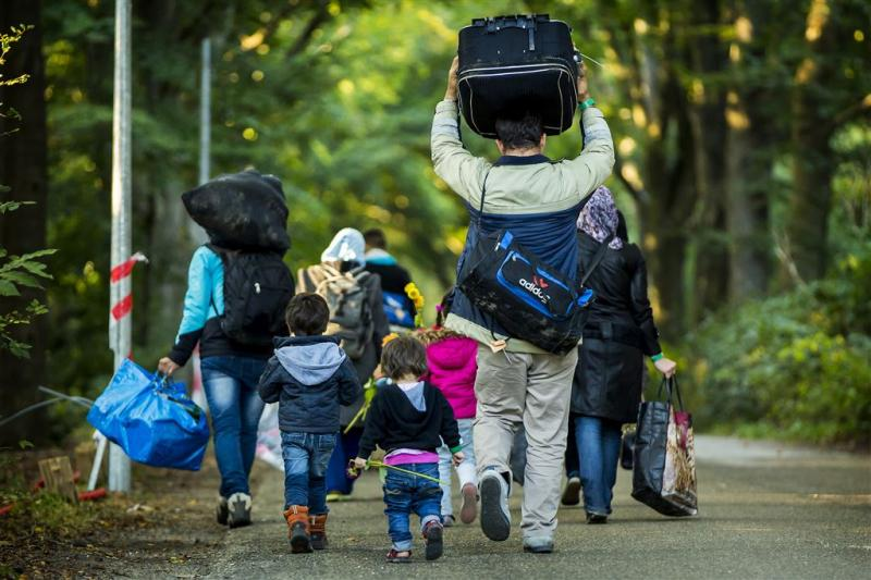 Topoverleg vluchtelingen begonnen
