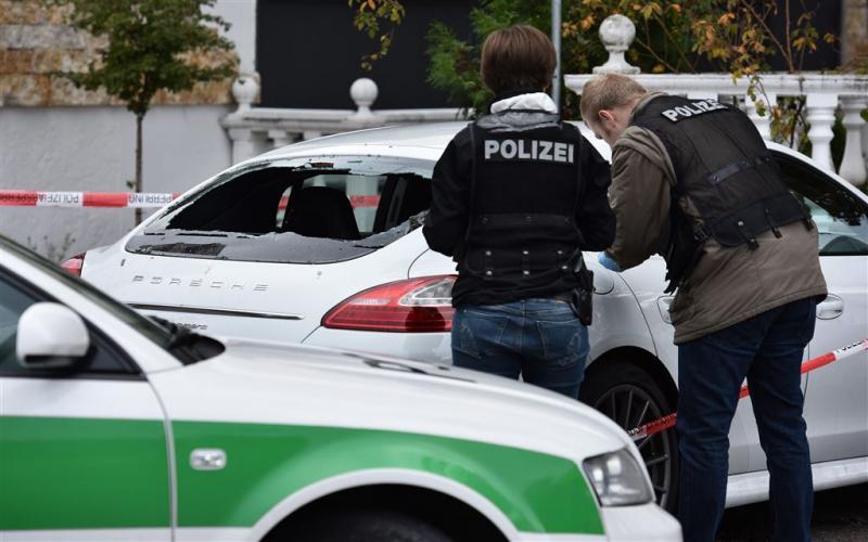 Duitse extremisten vallen vluchtelingen aan