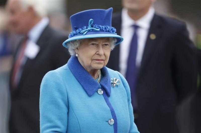Elizabeth wil Labourleider op de knieën zien