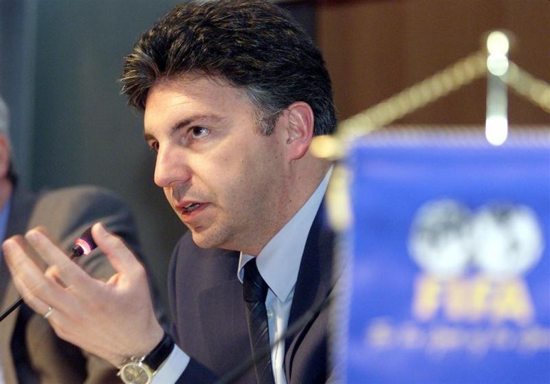 Zen-Ruffinen overweegt kandidatuur bij FIFA