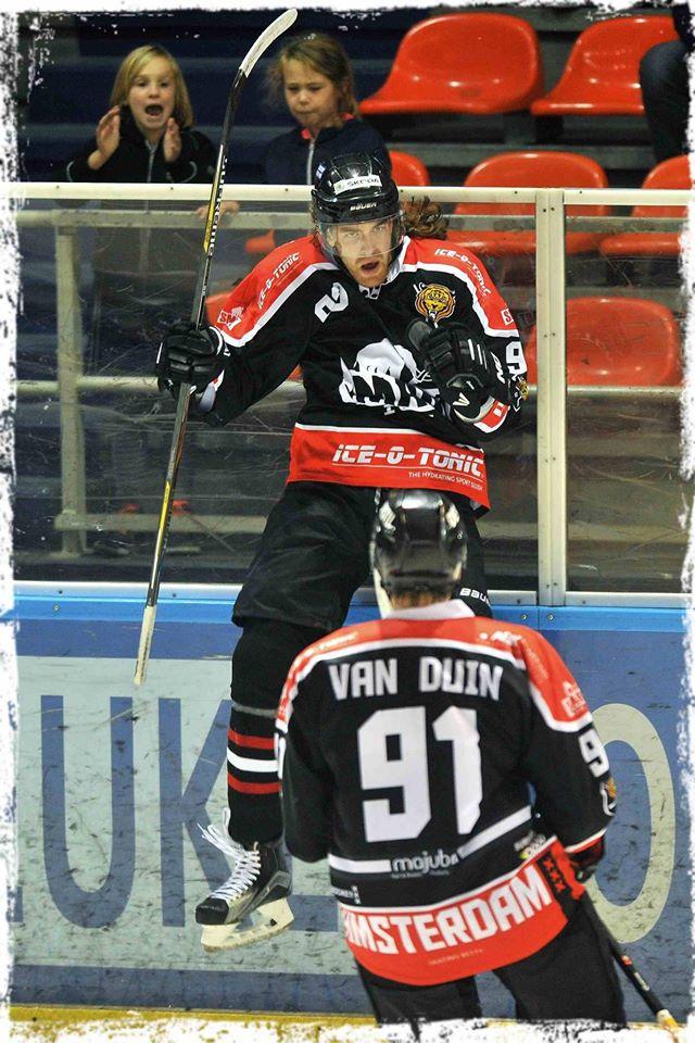 Dax van der Velden scoorde de 3-3 voor de Amsterdammers (Foto: Facebook)