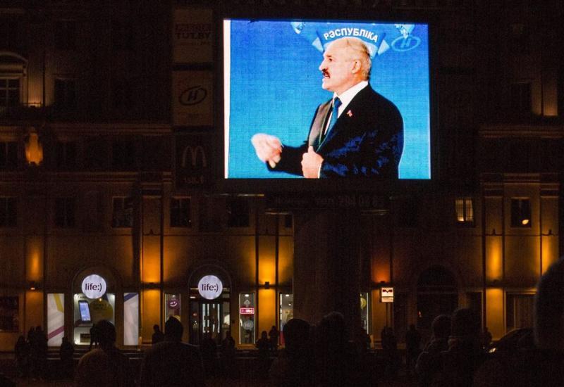 Loekasjenko wint verkiezingen Wit-Rusland