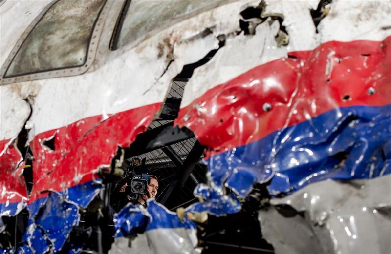 OM spreekt van aanslag op vlucht MH17