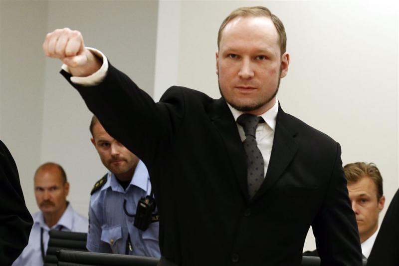 Utøyaschutter Breivik wil uit isolatie