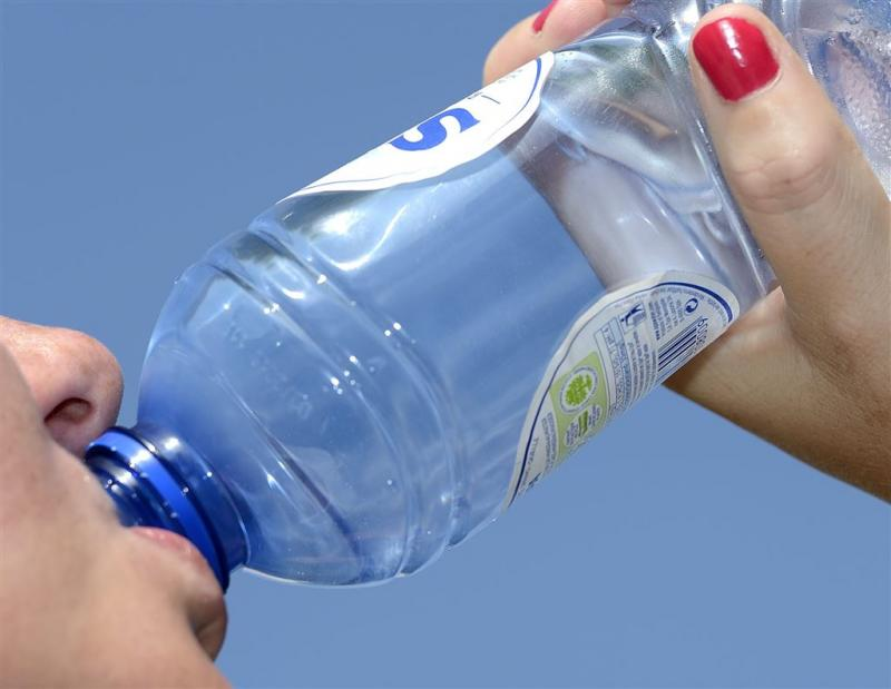 'Belasting op bronwater moet niet omhoog'