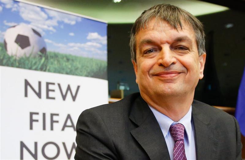 Champagne weer kandidaat voor FIFA