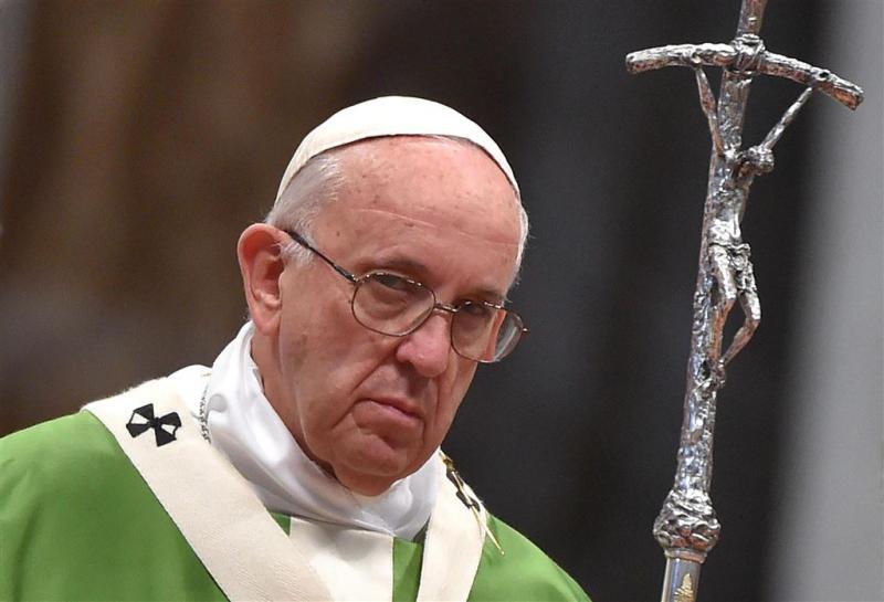 Paus roept zigeunervolken op tot integratie