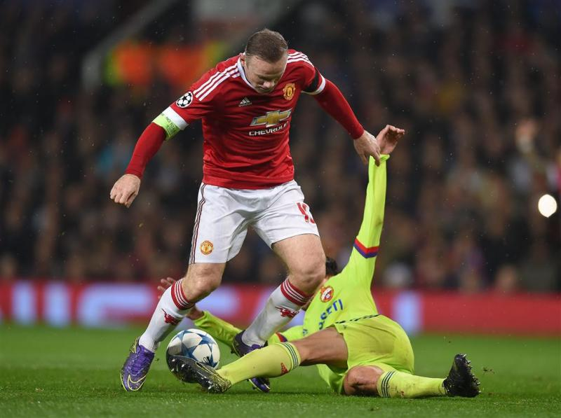 Rooney bevrijdt Manchester United