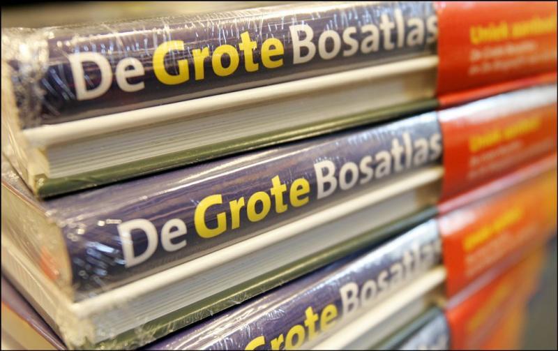 Bosatlas soeverein aan kop in Boeken Top 10