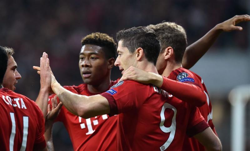 Bayern swingt naar ruime zege op Arsenal
