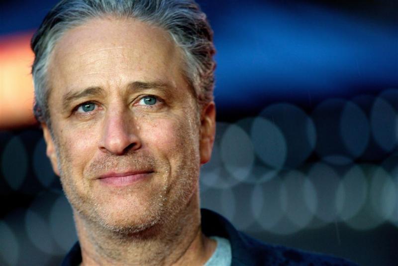 Jon Stewart tekent contract bij HBO