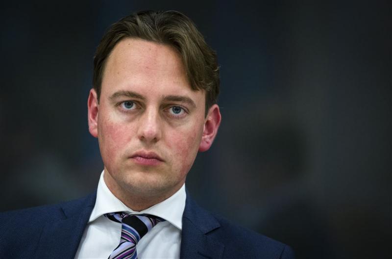 PvdA: vragen over invloed banken op wetten