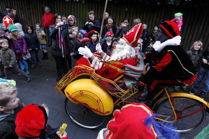 'Zwarte Piet op veel scholen welkom'