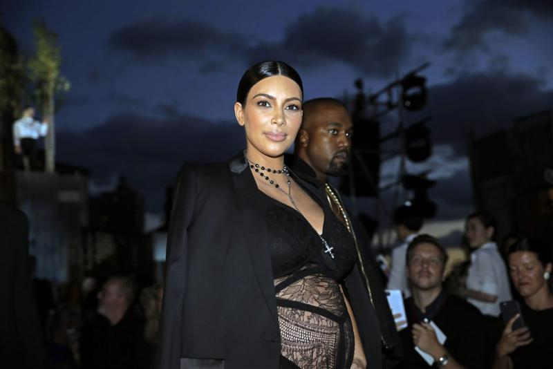 Kim Kardashian flink aangekomen