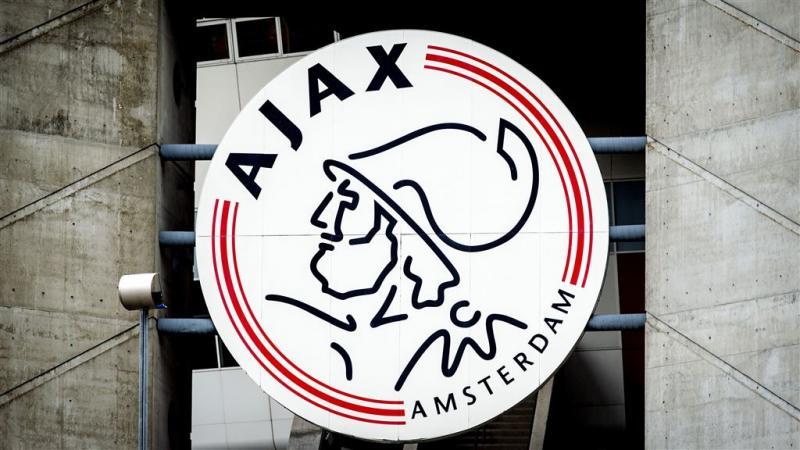 Aandeelhouders Ajax bij elkaar in crisissfeer