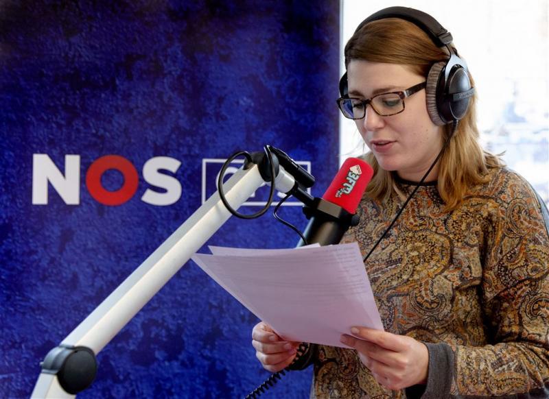 Nieuwslezeres Fleur Wallenburg van 3FM stopt