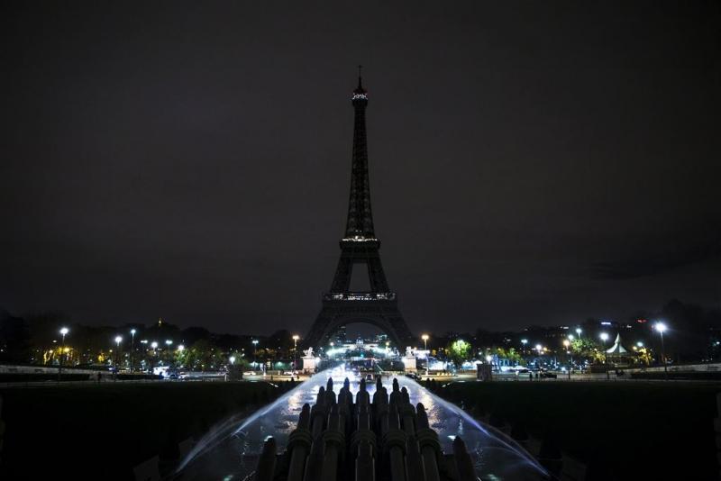 'Identiteit van dader Parijs bekend'