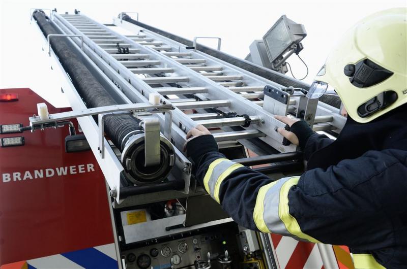 Brandweer heeft handen vol aan storm