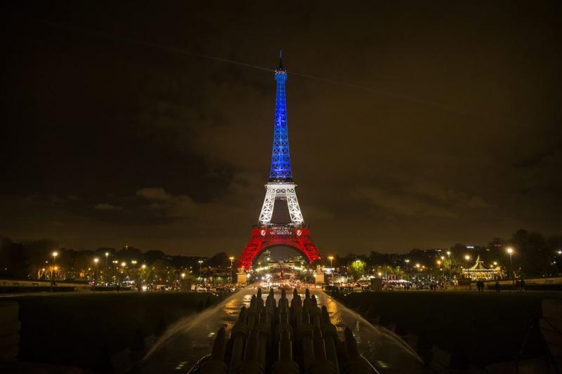 'Een op drie schrapt reis naar Parijs'