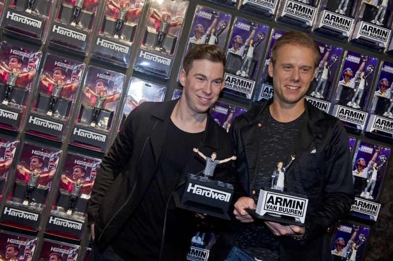 Hardwell en Armin vereeuwigd als actiefiguur