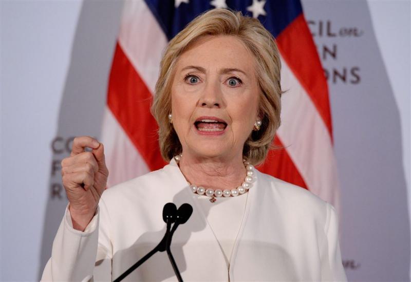 Clinton wil grondtroepen in Syrië en Irak