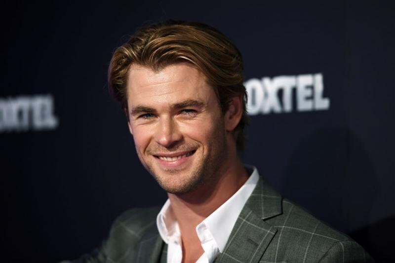 Chris Hemsworth laat resultaat dieet zien