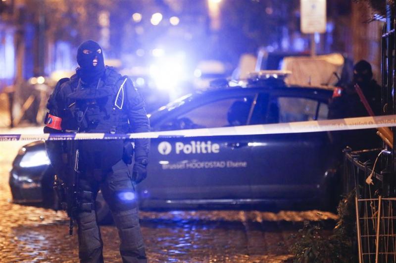 Zestien verdachten België aangehouden