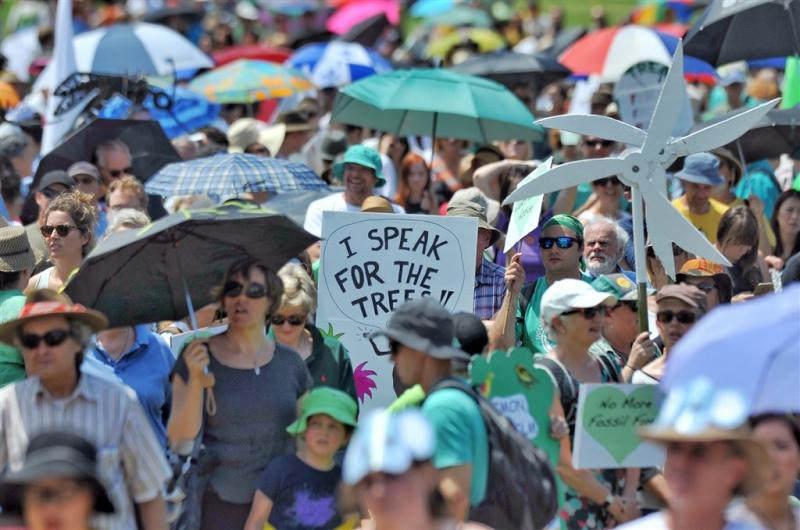 Duizenden Australiërs betogen voor klimaat